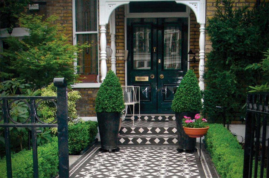 Garden design with Victorian tiled path